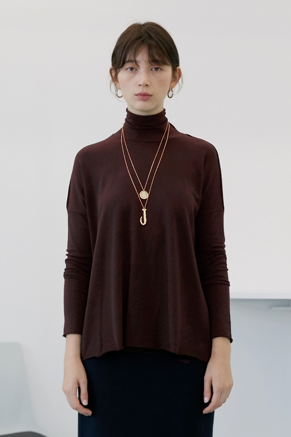 A-Box Basic Turtleneck_Burgundy