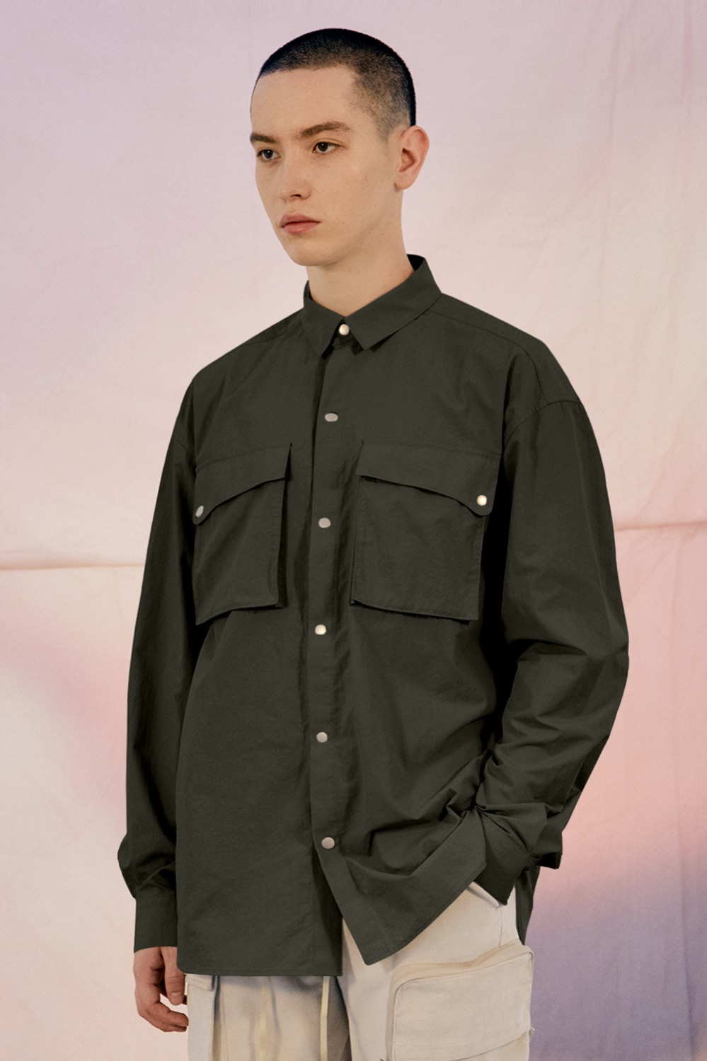 Delight Two-Pocket Shirt_Charcoal