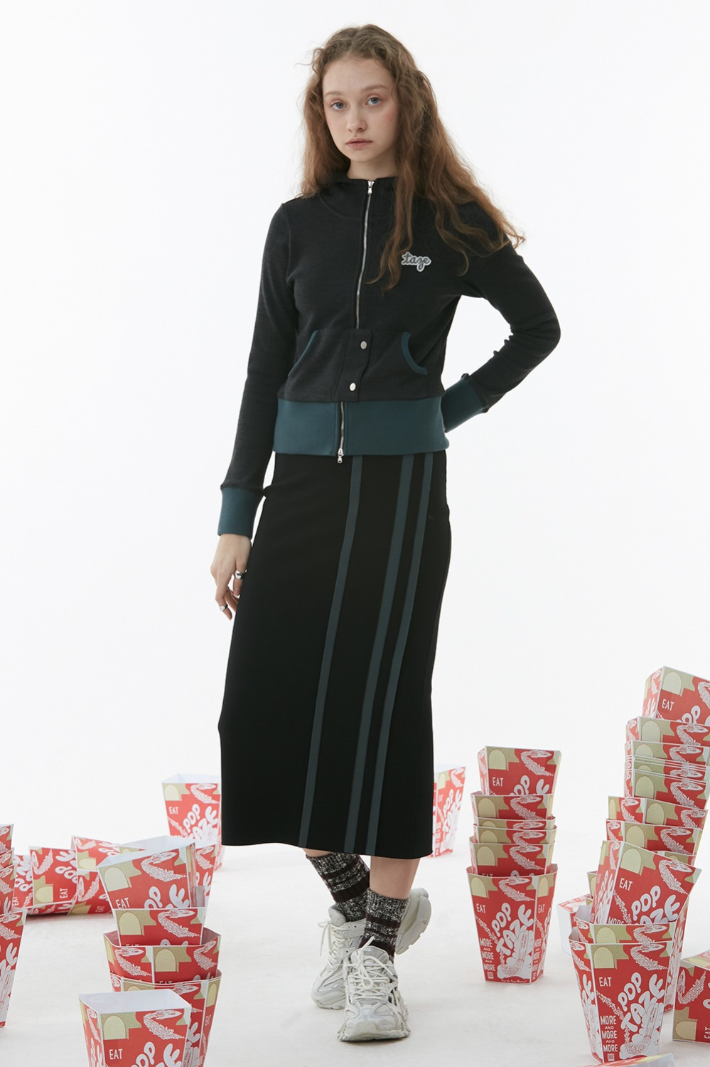 Wide Track Pencil Skirt_Black