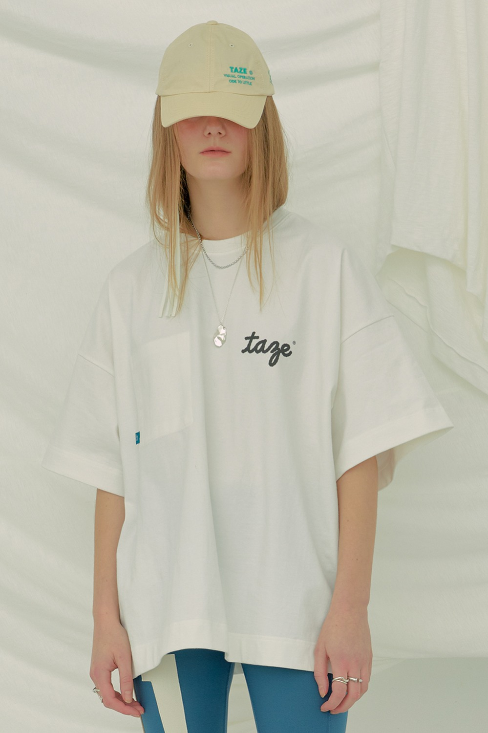 Comma Oversized Tee_White (1차 리오더)