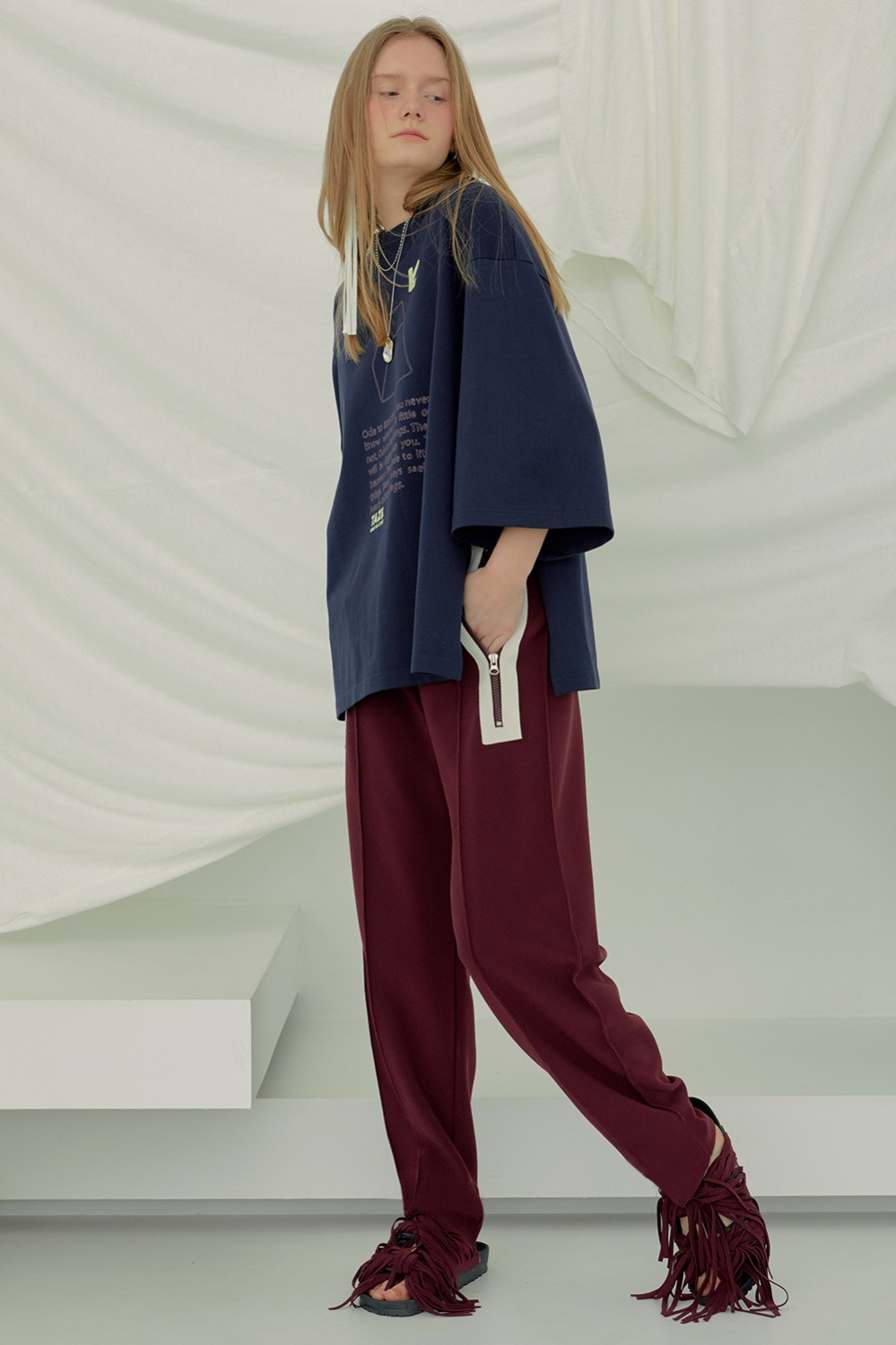 Icon Round Pants_Burgundy
